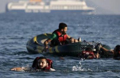بريطانيا ترسل سفينة لمنع مهاجرين من عبور القنال الانجليزي