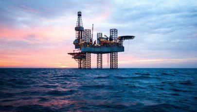 """""""البترول المصري"""" تستهدف جذب استثمارات بـ 10 مليارات دولار في 2019"""