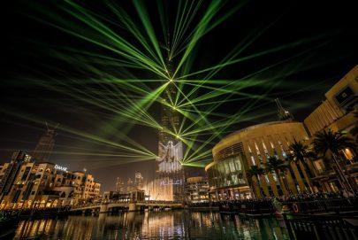 """عروض الليزر والأضواء المذهلة من """"إعمار"""" مستمرة في """"برج خليفة"""" حتى نهاية مارس"""