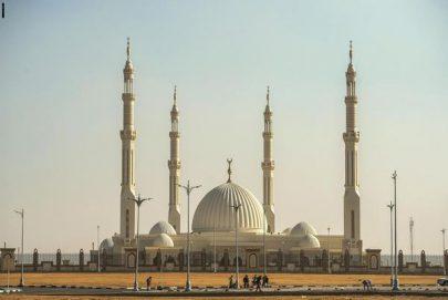 """مسجد """"الفتاح العليم """"في مصر"""