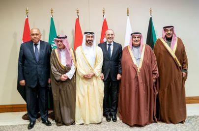 عبدالله بن زايد يشارك في الاجتماع التشاوري لوزراء الخارجية في الأردن