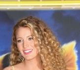 الممثلة الأمريكية بليك ليفلي
