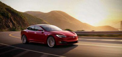 Tesla تشرح سبب اشتعال النيران في إحدى سيارات Tesla Model S