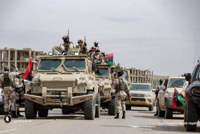 الجزائر تستعد للوساطة بهدف وقف المعارك في ليبيا