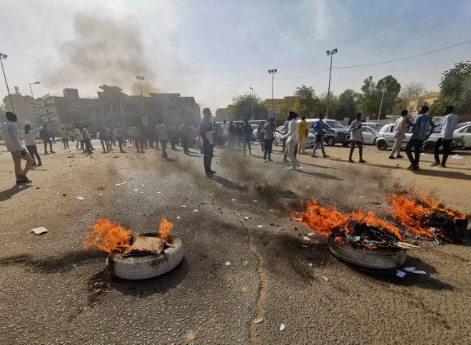 البرهان يؤكد على ضرورة التوافق الوطني للسلام بالسودان