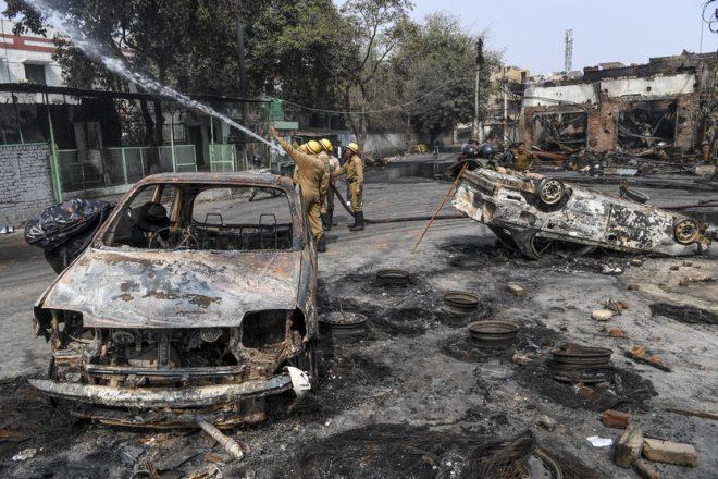 رئيس وزراء الهند يدعو للهدوء والتآخي لوقف العنف في نيودلهي