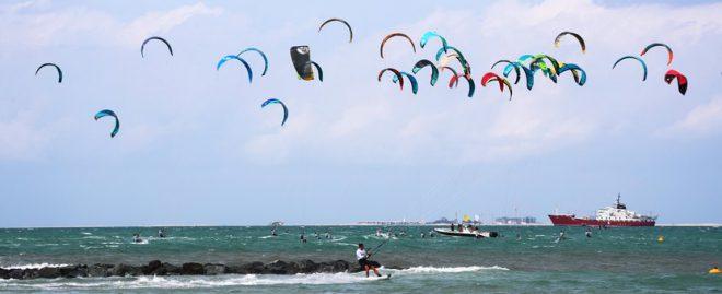 انطلاق بطولة دبي المفتوحة للكايت سيرف في شاطئ نسناس بجميرا غداً