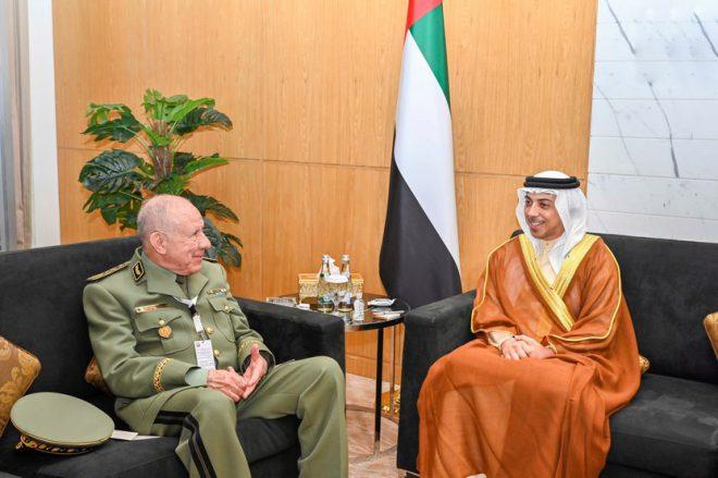منصور بن زايد يبحث العلاقات مع رئيس أركان الجيش الجزائري