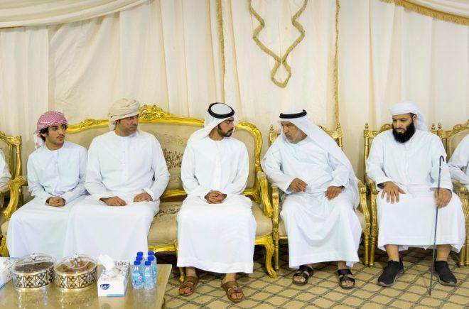خليفة بن طحنون يعزي في وفاة عبدالله محمد العبري بأبوظبي