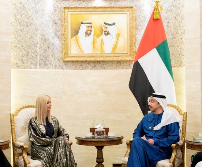 عبدالله بن زايد يبحث مع إيفانكا ترامب الشراكة والتعاون الاستراتيجي بين البلدين