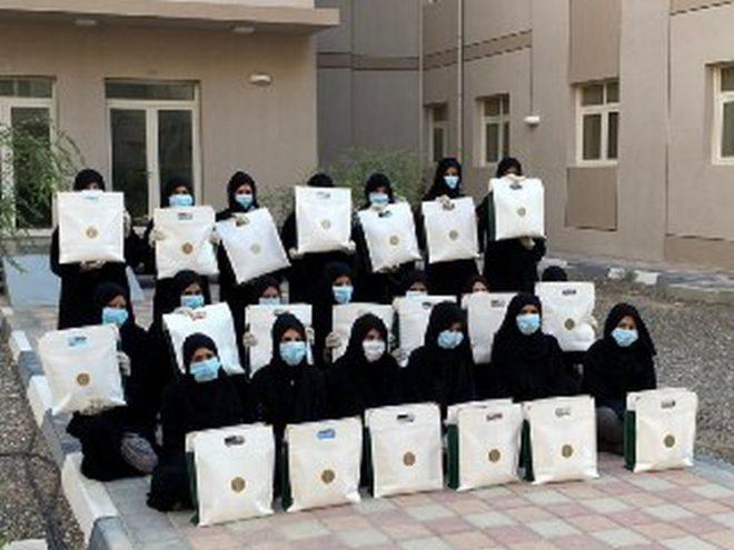 الاتحاد النسائي العام يساهم في تقديم كسوة عيد الفطر للمشاركات في برنامج حفظ السلام والاسر المتعففة