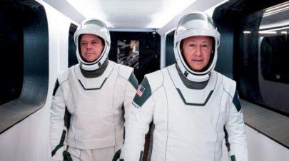 شركة تجارية خاصة تنقل رائدين إلى محطة الفضاء الدولية