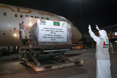 الإمارات ترسل مساعدات طبية وغذائية إلى موريتانيا لدعمها في مكافحة انتشار فيروس كورونا