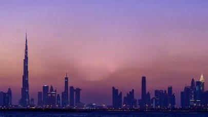 """""""دبي للسياحة"""" تطلع شركاءها على استعدادات المدينة للترحيب بضيوفها من 7 الجاري"""