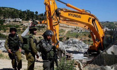 الاحتلال يواصل التنكيل بالفلسطينيين