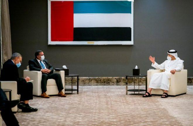 عبدالله بن زايد يبحث التعاون مع مدير شؤون الخليج العربي والشرق الأوسط في مجلس الأمن الوطني بالبيت الأبيض