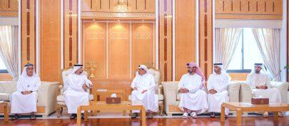 حاكم عجمان يطلع على برامج و استراتيجية و مشاريع وزارة الطاقة و البنية التحتية