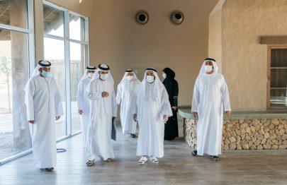 سلطان القاسمي يتفقد سير الأعمال في سفاري الشارقة بمدينة الذيد