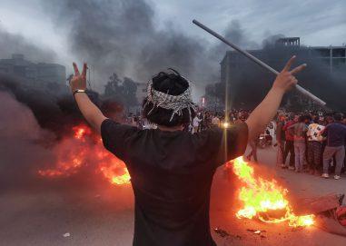 تجدد الاحتجاجات يضع العراق على صفيح ساخن