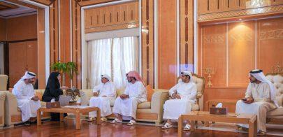 حاكم عجمان يطلع على النتائج الرئيسية لمسح دخل وإنفاق الأسرة في الإمارة