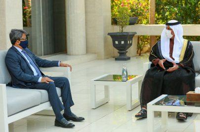 حاكم رأس الخيمة يبحث التعاون مع وزير الدولة للشؤون الخارجية في بنغلاديش