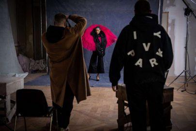 """أسبوع الموضة في باريس يسعى لدعم المتأثرين بـ""""كورونا"""""""