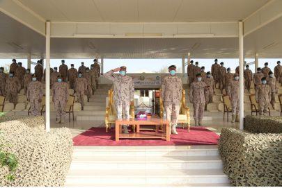 أحمد بن طحنون يشهد احتفال القوات المسلحة بتخريج الدفعة الـ14 المجموعة الثانية