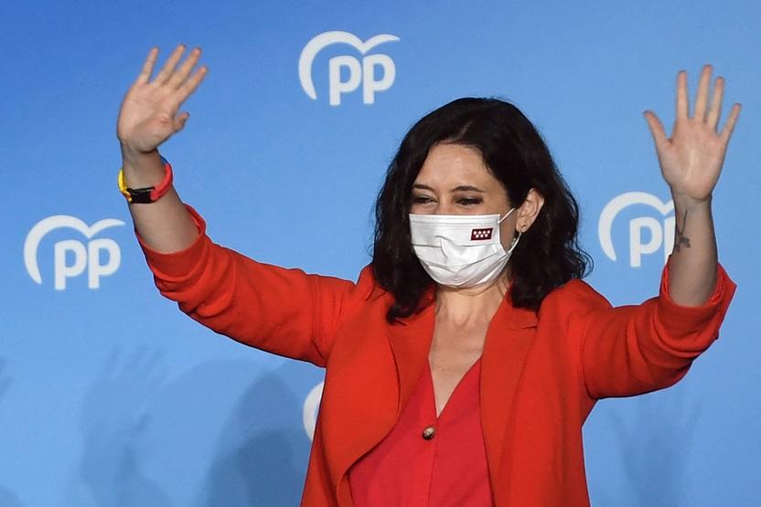 اليمين يفوز بانتخابات مدريد ويكبّد سانشيز هزيمة كبرى