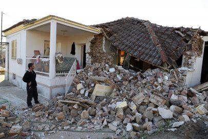 زلزال بقوة 5.7 يضرب جزر دوديكانيز في اليونان