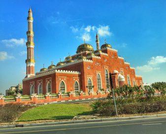 مسجد السلام في البرشاء بدبي