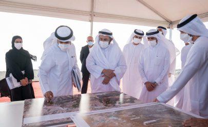 حاكم الشارقة يتفقد عدداً من المشروعات الحيوية بمدينة كلباء