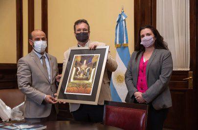 سفير الدولة ووزير ثقافة الأرجنتين يبحثان تعزيز العلاقات الثقافية