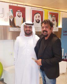 المخرج والمصور السينمائي الهندي الشهير سانتوش سيفان ينال التأشيرة الذهبية لدولة الإمارات